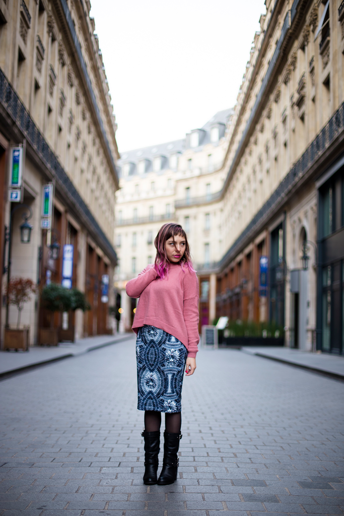 Fashion Outfit shot in Paris pink hair, loose knit and printed pencil skirt