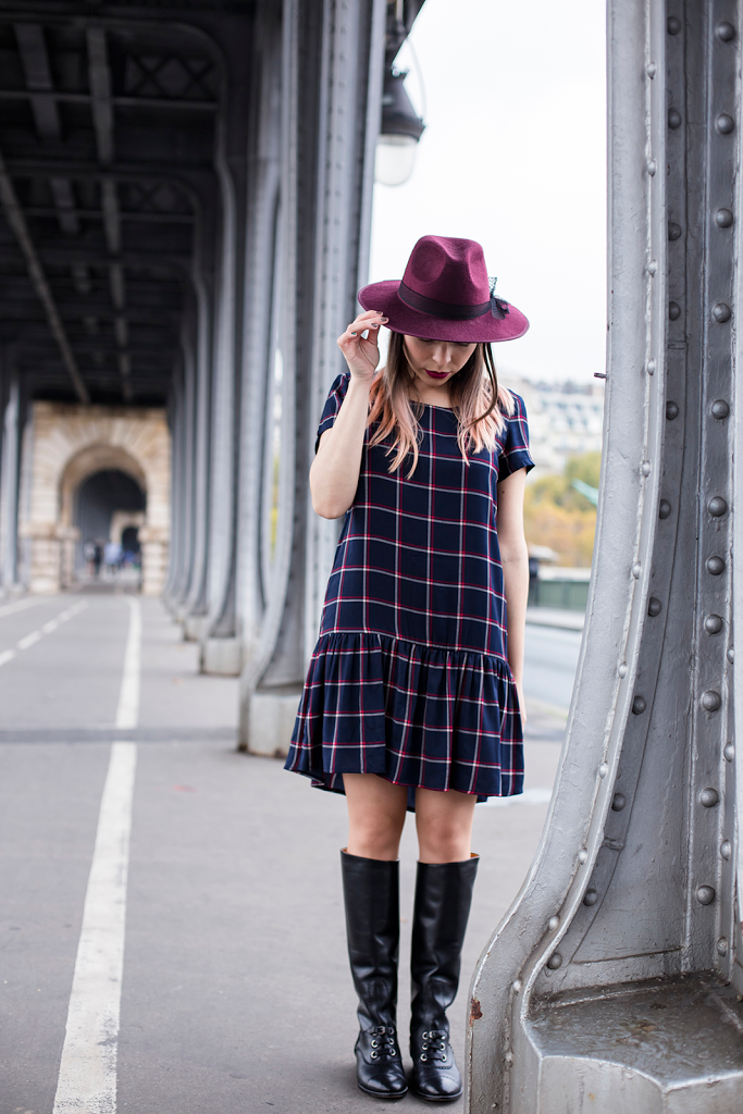 British Style by Ylenia Cuellar in Paris - wide brim fedora