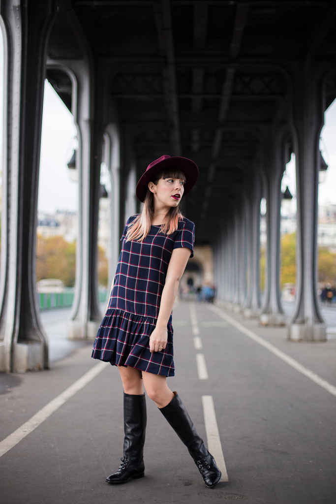 British Style by Ylenia Cuellar in Paris - Bir Hakeim