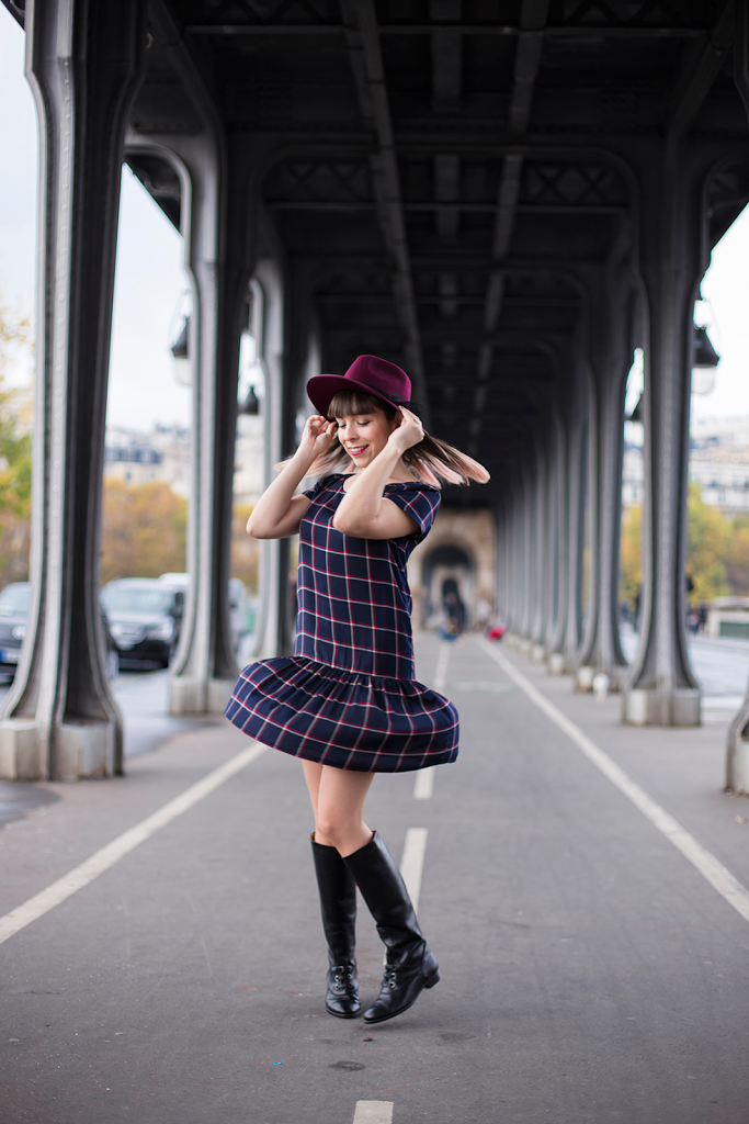 British Style by Ylenia Cuellar in Paris - twirling