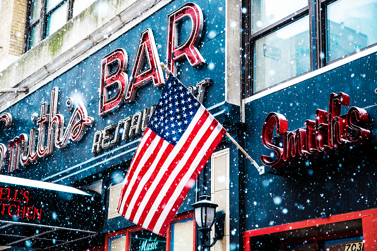 Beautiful photos of New York City February 2015 USA flag under the snow