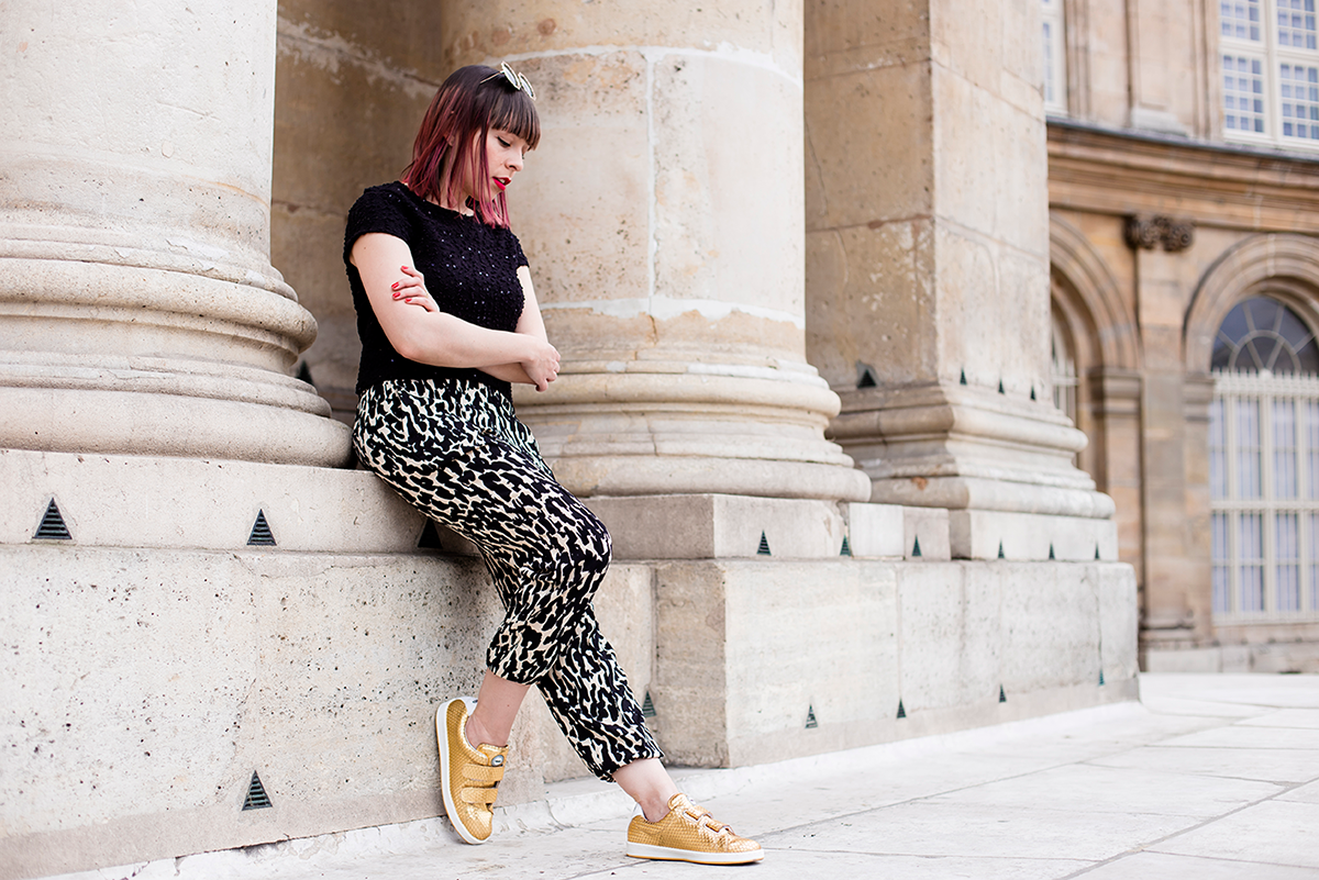 Outfit post in Paris featuring my new Jord Watch in dark wood